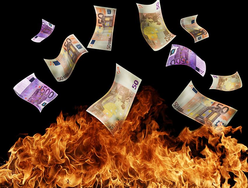KNIFE STAB: National Debt – LIGHTS OUT!